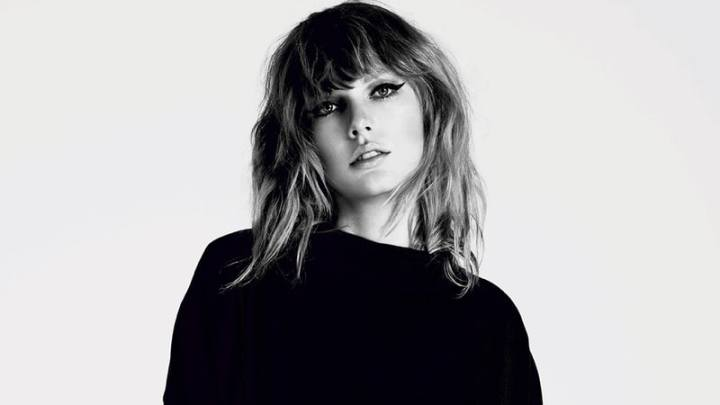 taylor-swift-press-photo-acb2c4fc-c884-4ec2-b889-6ea529cbcff4