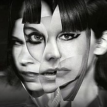 220px-Sleater-Kinney_-_The_Center_Won't_Hold